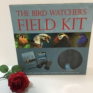 THE BIRD WATCHERS FIELD KIT, BINOCULARS & GUIDE.